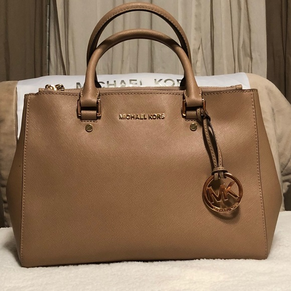 99f0a0e3c80b Michael Kors Bags | Sutton Medium Satchel Handbag | Poshmark